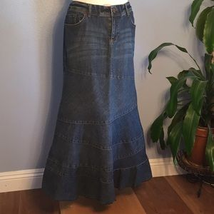 DKNY Jeans Flared Bottom Denim Maxi Skirt